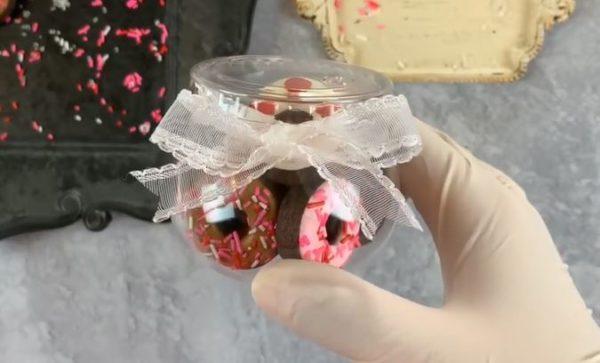 【バレンタイン】ミニドーナツ型アイシングクッキー 作り方