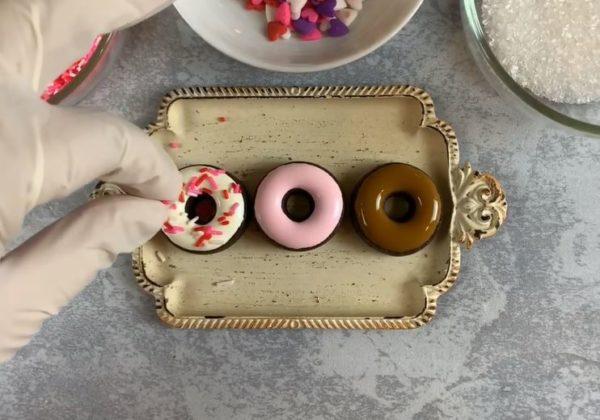 【バレンタイン】ミニドーナツ型アイシングクッキー 手順4