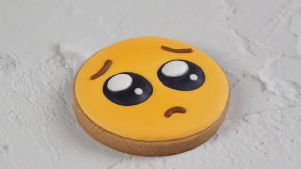かんたん♪ ぴえんアイシングクッキーの作り方5