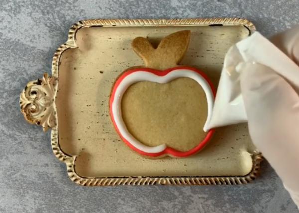 プレゼントにおすすめ♪ メッセージ付きアイシングクッキーの作り方2